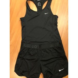 Other - Nike Dry Fit Set